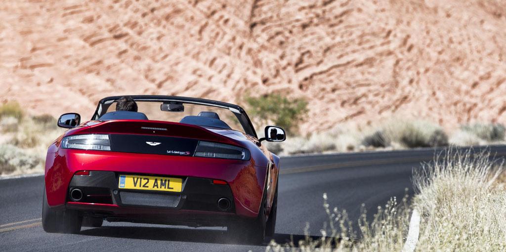 Foto Aston Martin 3