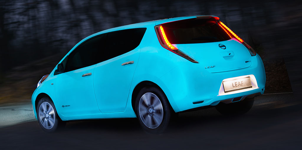 Nissan leaf oscuridad 2