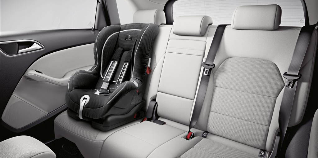 "Kindersitz DUO plus, mit ISOFIX und AKSE, ECE, schwarz, Limited Black ""DUO Plus"" child seat, with ISOFIX and automatic child seat recognition, ECE, black, Limited Black"
