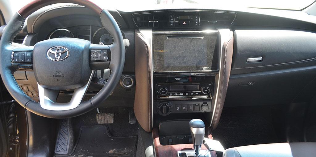 Toyota SW4 interior