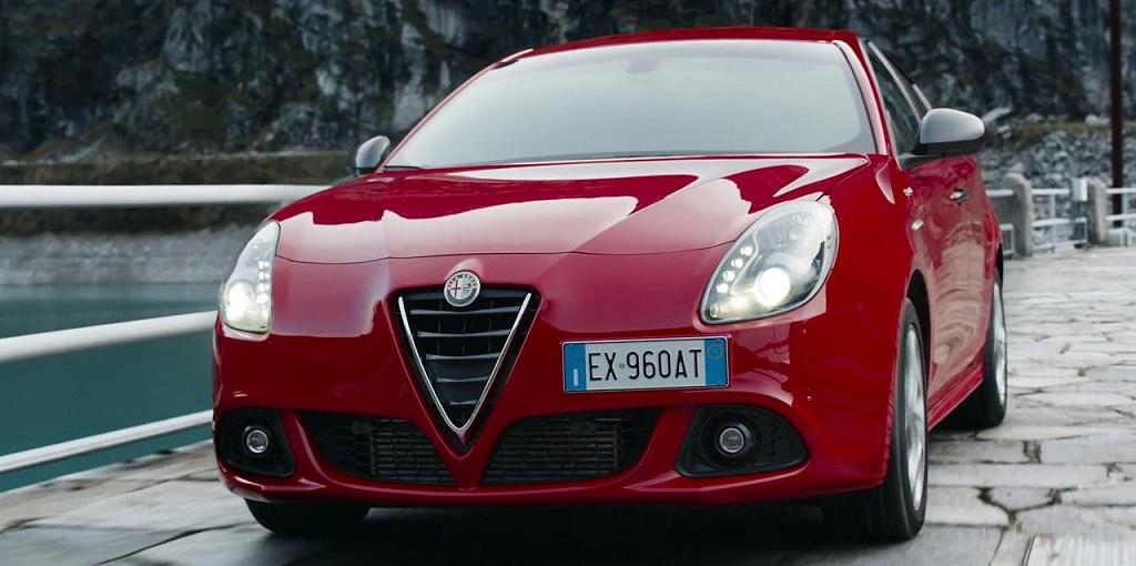 Centro Milano Importador De Alfa Romeo En La Argentina Lanzo A La Venta El Nuevo Giulietta Sprint Euro 6 Se Trata De Un Compacto Del Segmento C