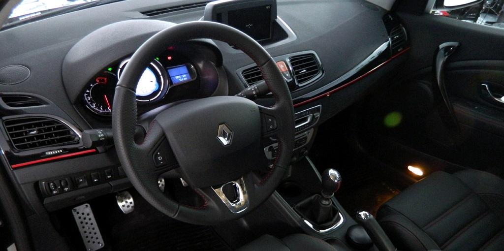 Renault Fluente GT2