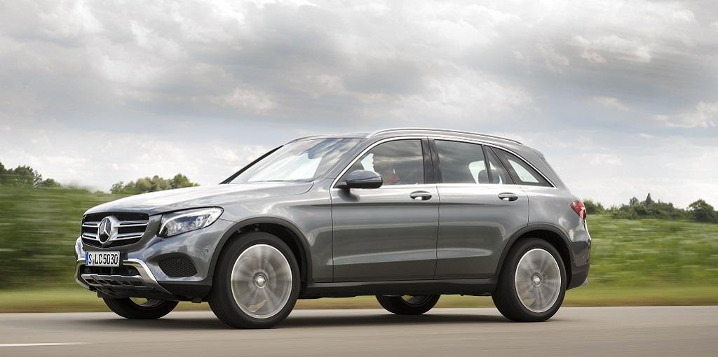 Mercedes-Benz GLC 220 d 4MATIC; Selenitgrau/Designo Leder schwarz/Platinweiß