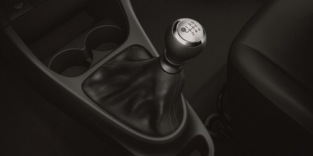 Toyota Etios caja manual 2016