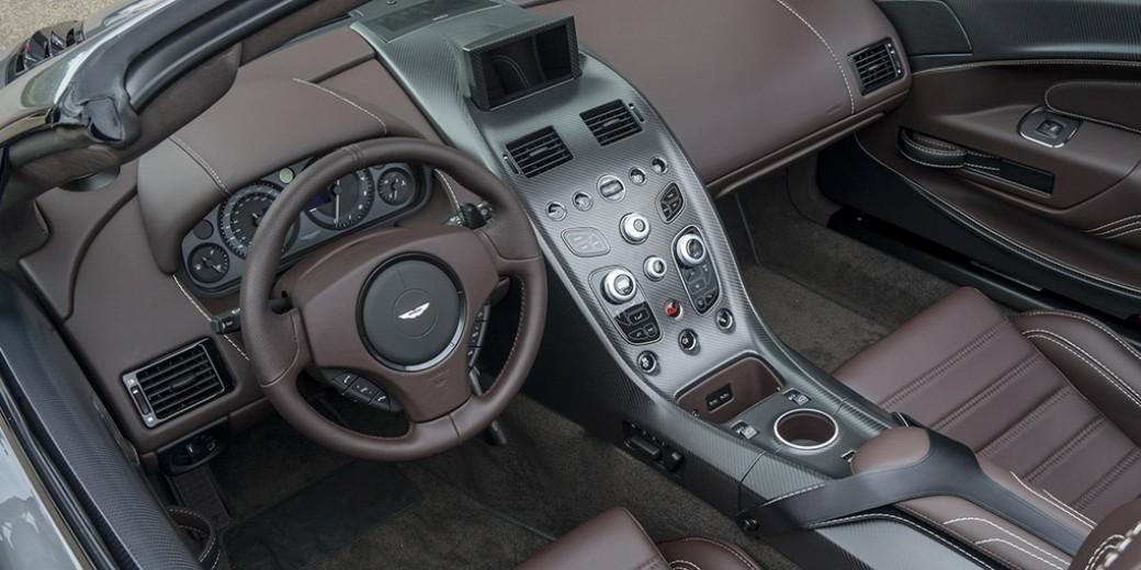 Aston Martin Vantage GT12 Roadster_12