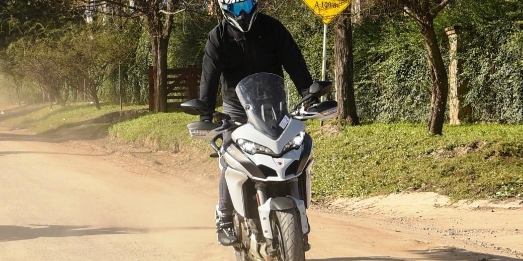 Ducati 1200 Multiestrada en tierra