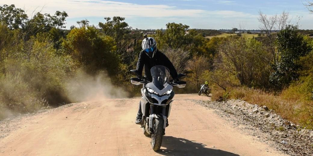 Ducati 1200 Multiestrada en tierra 2