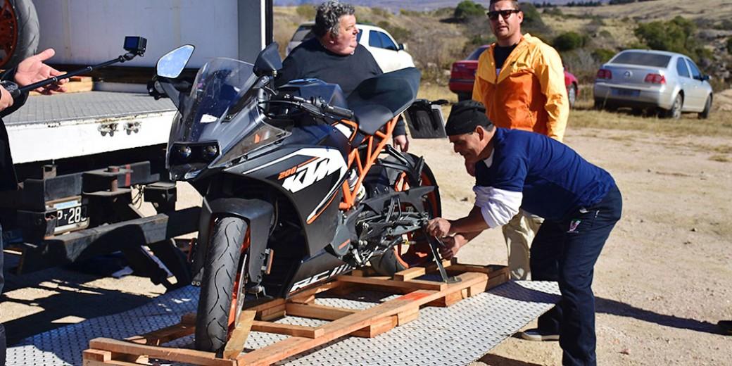 KTM RC 200- preparativos_DSC2447