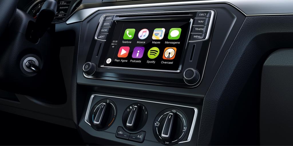 Volkswagen Gol interior app