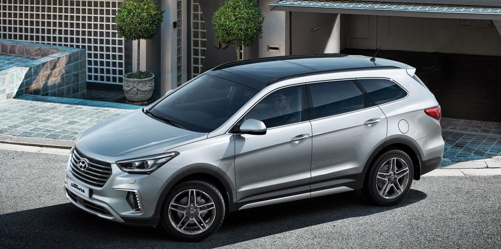 Hyundai Grand Santa Fe4