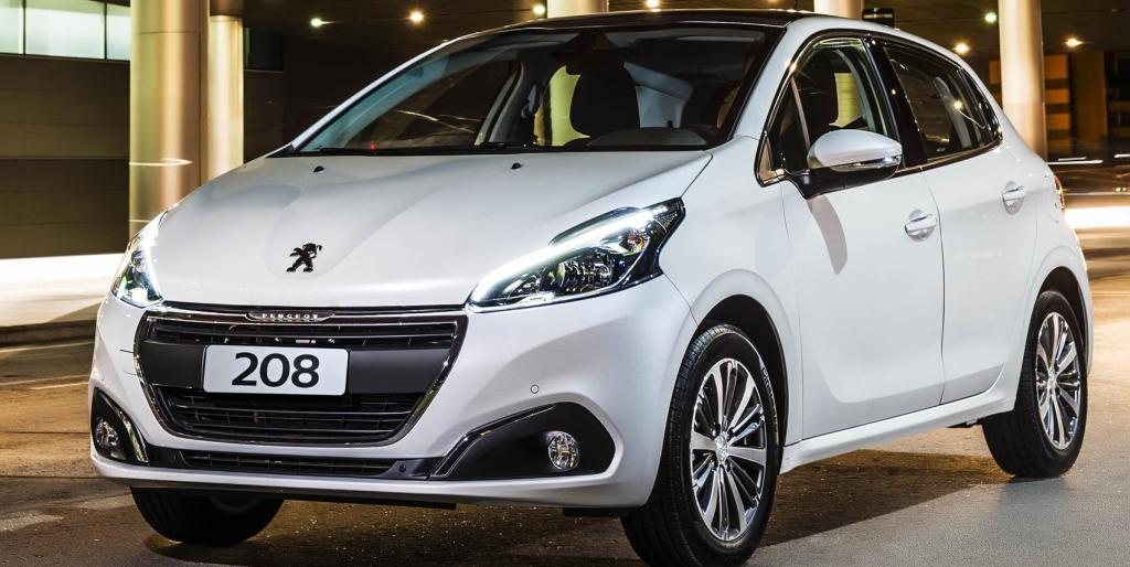 Peugeot 208 frente