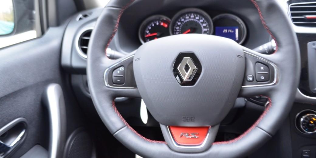 Renault Sandero RS interior