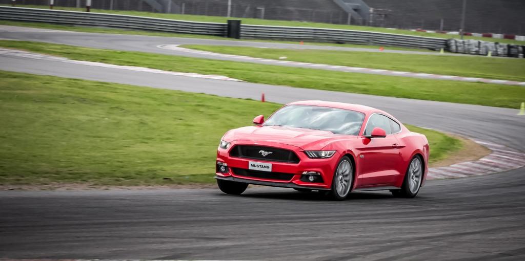 Mustang autodromo 2