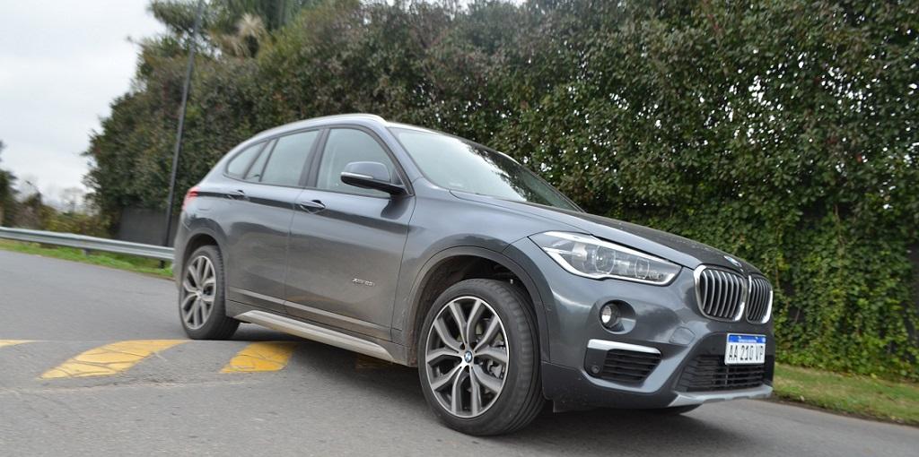 BMW X1 frente
