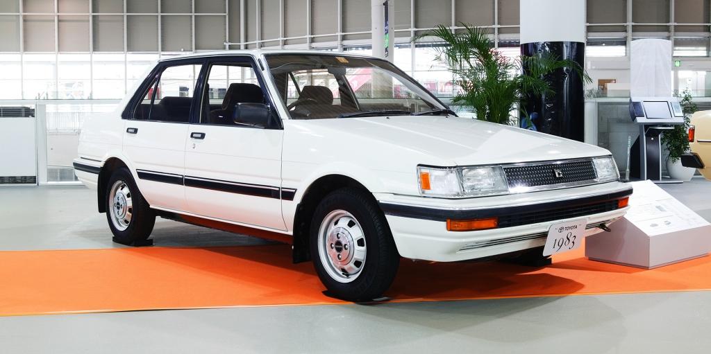 La quinta generación, a partir de 1983, es la más popular y vendida del Corolla.