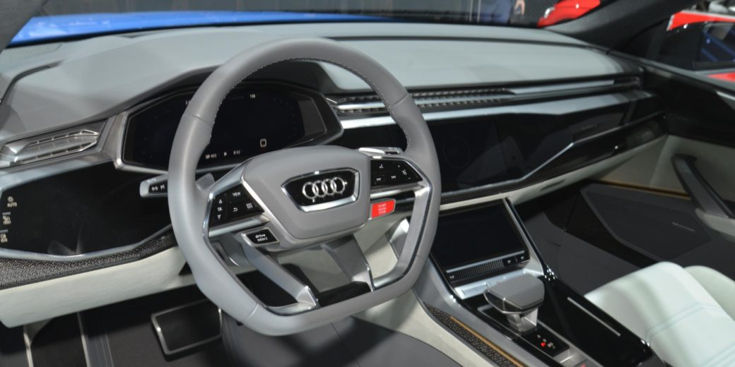 Audi Qr8 interio