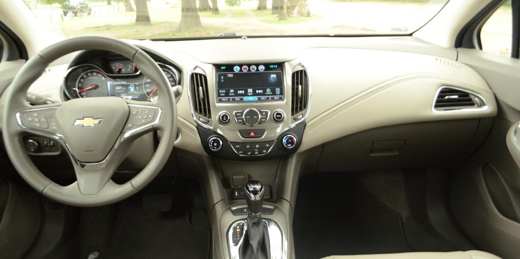 Prueba De Manejo Chevrolet Cruze 5 Hatch Motriz
