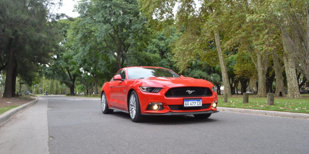 Ford Mustang dinamica 0