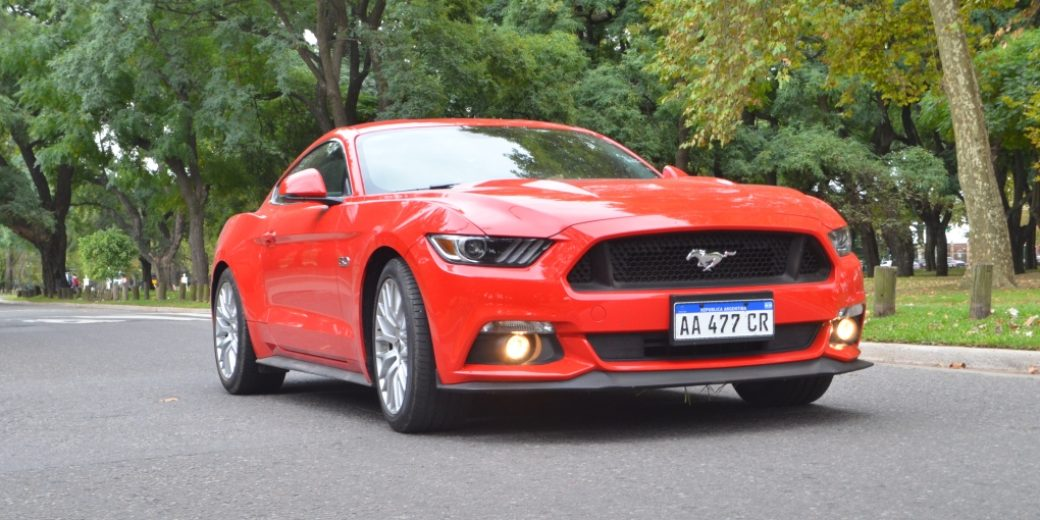 Ford Mustang dinamica