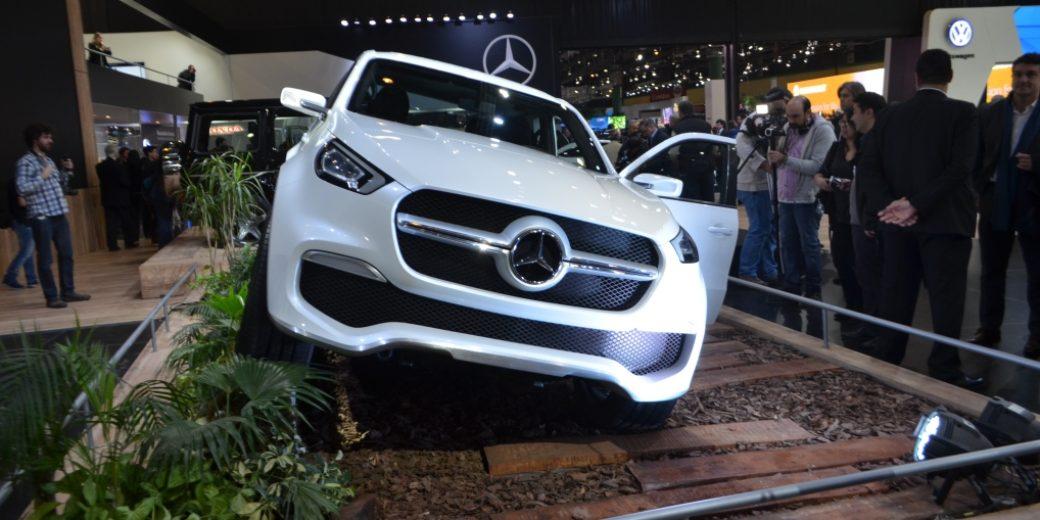 Mercedes Benz Clase X blanca 2