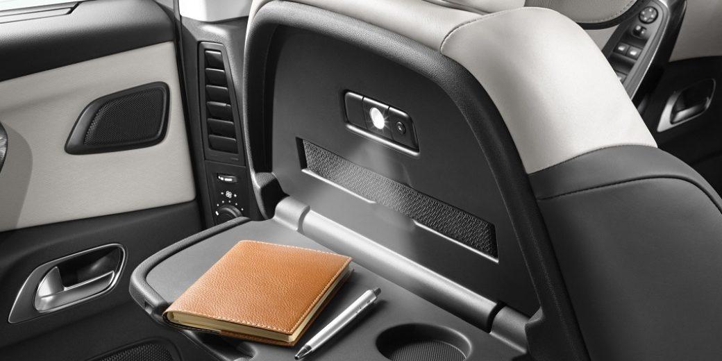Citroen C4 Grand Picasso interior 2