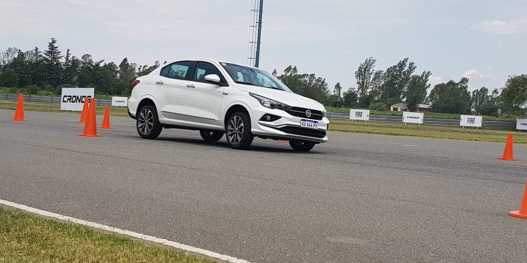 Fiat Cronos prueba de conos 2 Motriz