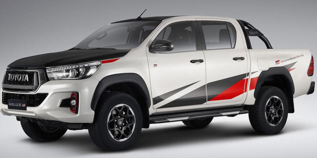 Toyota Hilux blanca