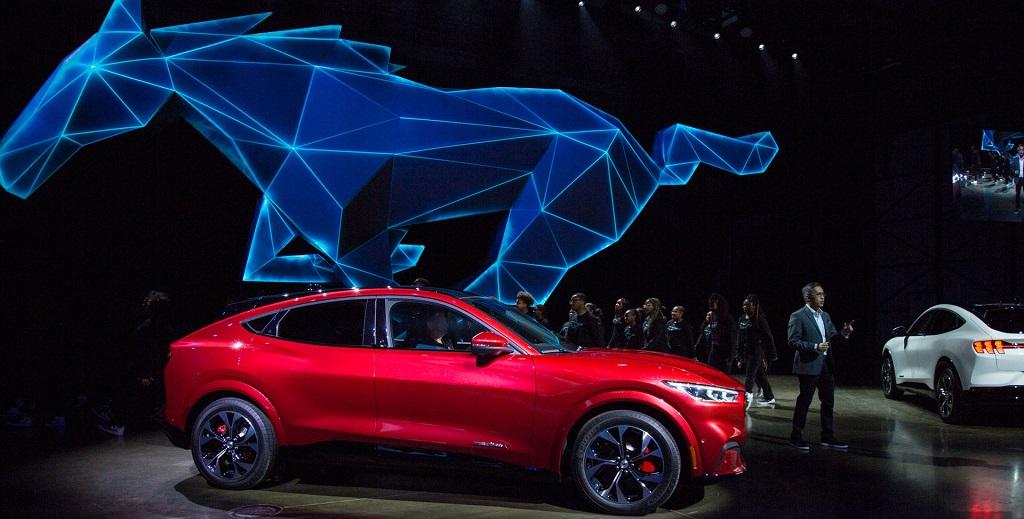 Mustang Mach-E: llegó el SUV eléctrico inspirado en el deportivo