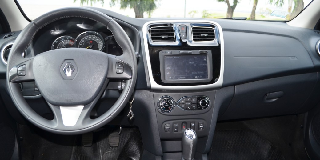 Renault Sandero interio
