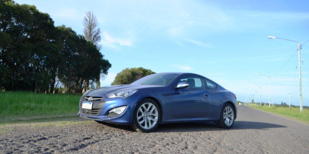 Hyundai Genesis Perfil