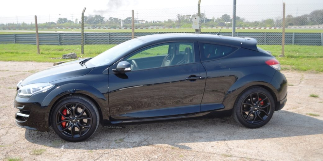 Renault Megane III RS perfil