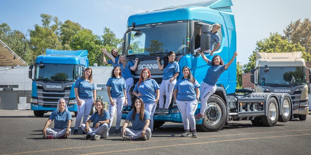 """Día de la Mujer. """"Ellas"""" y su rol en la industria automotriz"""